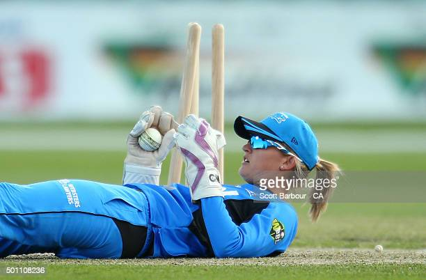 Wicketkeeper Sarah Taylor of the Strikers fields the ball during the Women's Big Bash League match between the Hobart Hurricanes and Adelaide...