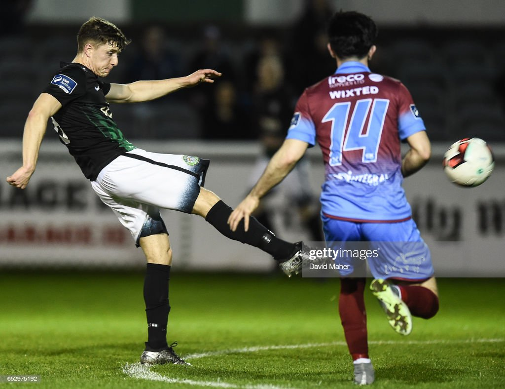 Wicklow , Ireland - 13 March 2017; Keith Buckley of Bray Wanderers in action against Adam Wixted of Drogheda United during the SSE Airtricity League Premier Division match between Bray Wanderers and Drogheda United at the Carlisle Grounds in Bray, Co Wicklow.