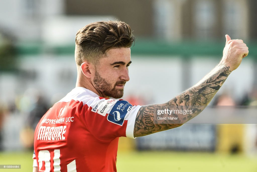 Wicklow , Ireland - 16 July 2017; Sean Maguire of Cork City waves to the supporters for his last appearance for Cork City during SSE Airtricity League Premier Division match between Bray Wanderers and Cork City at the Carlisle Grounds in Bray, Co. Wicklow.