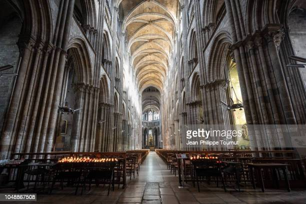wide angle view of the interior of the gothic cathedral of rouen, cathédrale notre-dame de l'assomption de rouen, normandy, france - place of worship stock pictures, royalty-free photos & images