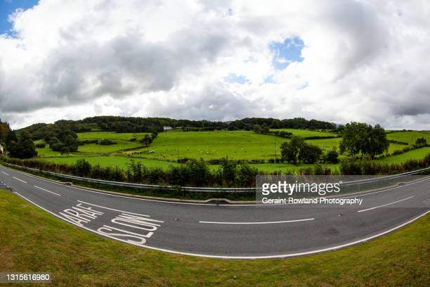 wide angle wales - geraint rowland stock pictures, royalty-free photos & images