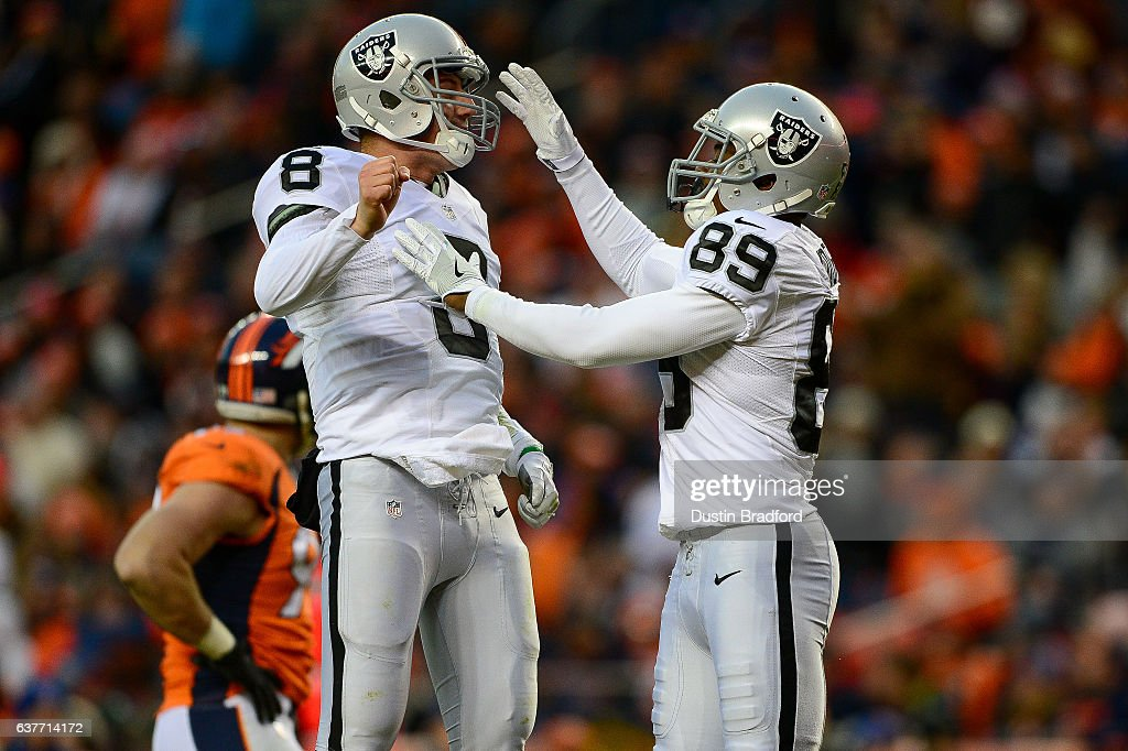 Oakland Raiders v Denver Broncos : News Photo