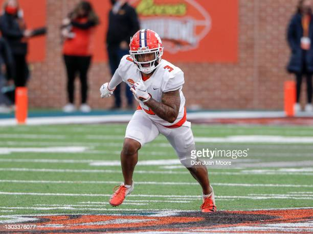 Wide Receiver Amari Rodgers from Clemson of the American Team during the 2021 Resse's Senior Bowl at Hancock Whitney Stadium on the campus of the...
