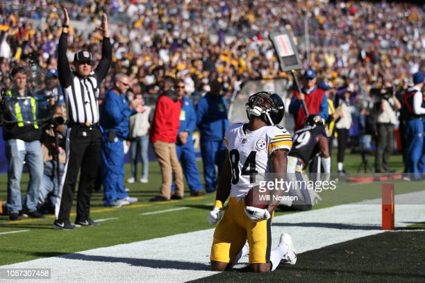 Wide Receiver Antonio Brown of the Pittsburgh Steelers celebrates after scoring a touchdown in the second quarter against the Baltimore Ravens at MT...