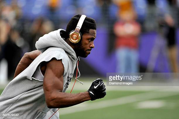 Wide receiver Antonio Brown of the Pittsburgh Steelers runs onto the field prior to a game against the Baltimore Ravens on December 27 2015 at MT...