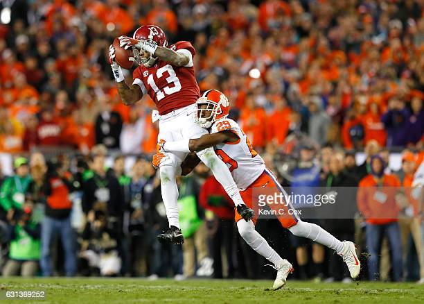 Wide receiver ArDarius Stewart of the Alabama Crimson Tide makes a reception against cornerback Marcus Edmond of the Clemson Tigers during the fourth...