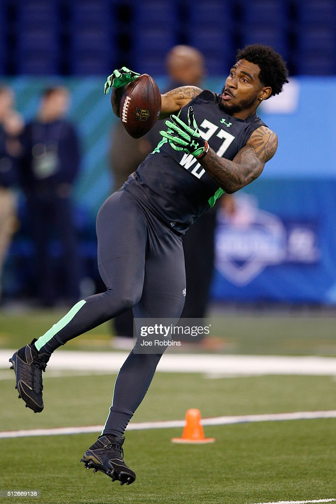 Wide receiver Braxton Miller of Ohio State participates in a drill during the 2016 NFL Scouting Combine at Lucas Oil Stadium on February 27, 2016 in Indianapolis, Indiana.