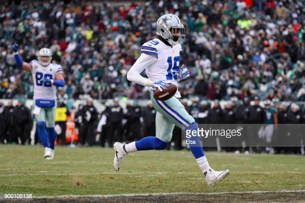 wide receiver Brice Butler of the Dallas Cowboys scores a touchdown against the Philadelphia Eagles during the fourth quarter of the game at Lincoln...