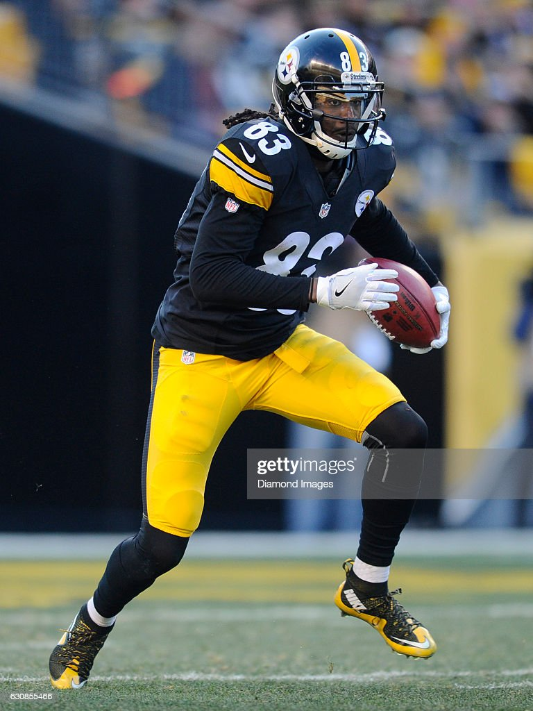 1ebfb8ba2a0 Wide receiver Cobi Hamilton of the Pittsburgh Steelers returns a ...