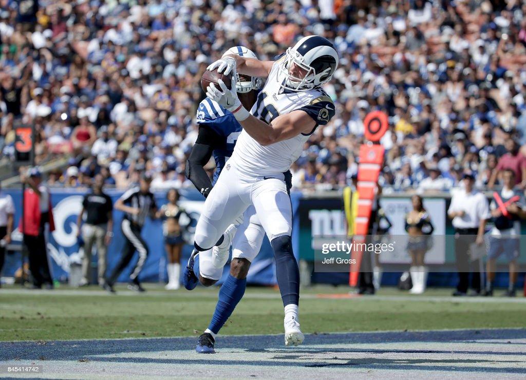 Indianapolis Colts v Los Angeles Rams : News Photo