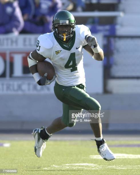 Wide receiver David Gettis of the Baylor Bears heads up field after making a catch against the Kansas State Wildcats during a NCAA football game on...