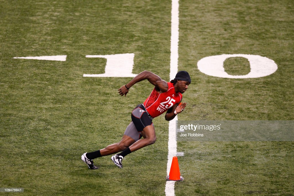 Wide receiver Denarius Moore of Tennessee runs a drill during the 2011 NFL Scouting Combine at Lucas Oil Stadium on February 27, 2011 in Indianapolis, Indiana.