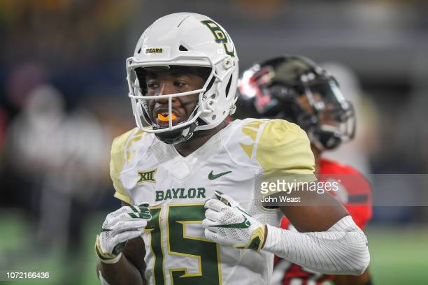 Wide receiver Denzel Mims of the Baylor Bears on the field during the game against the Texas Tech Red Raiders on November 24 2018 at ATT Stadium in...
