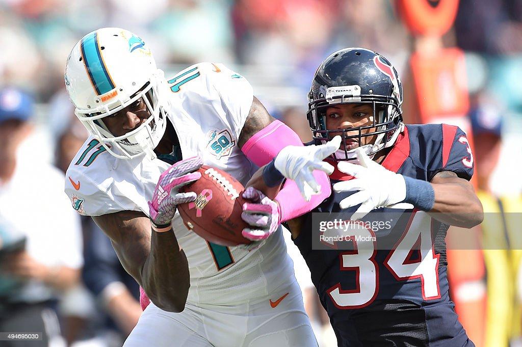 Houston Texans v Miami Dolphins : News Photo