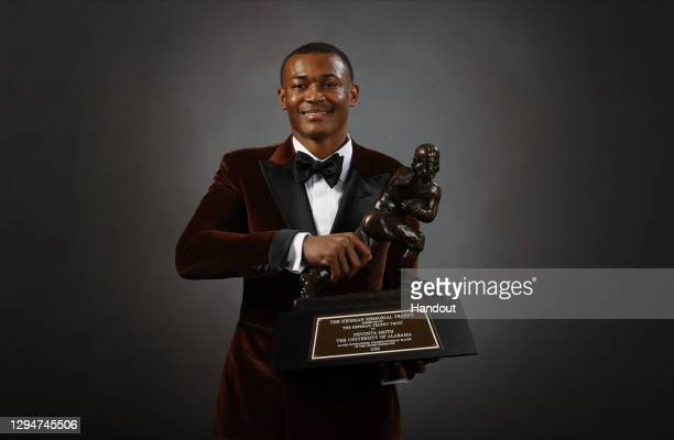 945 Devonta Smith Photos and Premium High Res Pictures - Getty Images