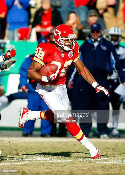 Wide receiver Dwayne Bowe of the Kansas City Chiefs runs down field in a game against the Tennessee Titans at Arrowhead Stadium December 16 2007 in...