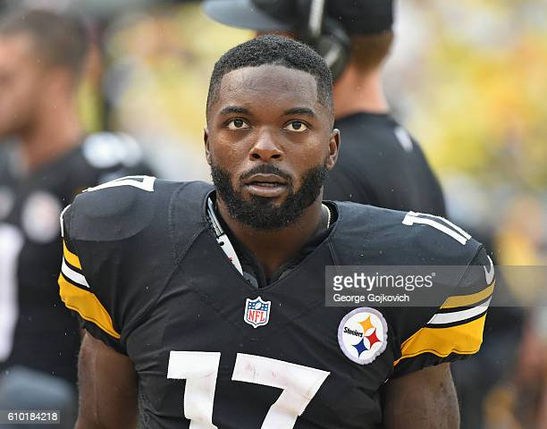Wide receiver Eli Rogers of the Pittsburgh Steelers looks on from the sideline during a game against the Cincinnati Bengals at Heinz Field on...