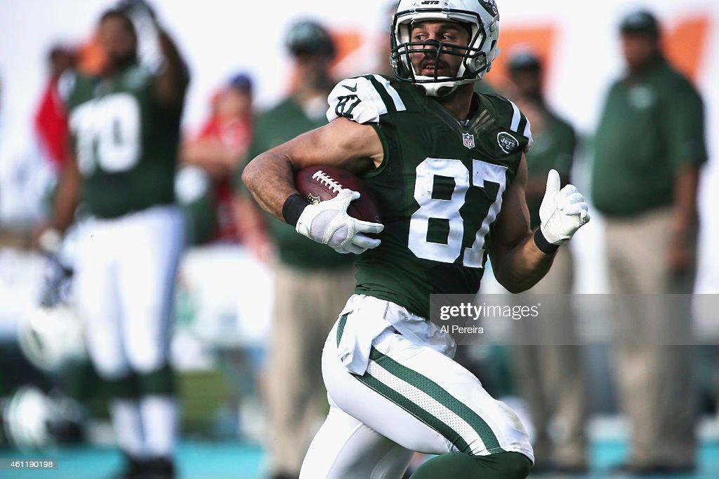 New York Jets v Miami Dolphins : News Photo