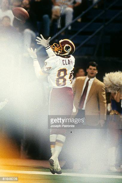 Wide receiver Gary Clark of the Washington Redskins catches a 24yard touchdown pass against the Minnesota Vikings in the 1992 NFC Wildcard Game at...