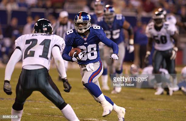 Wide Receiver Ike Hillard of the New York Giants in game action againist the Philadelphia Eagles The Philadelphia Eagles went on to defeat the New...