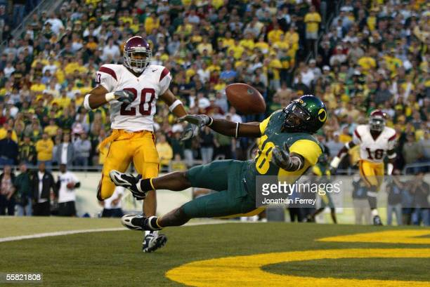Wide receiver James Finley of the University of Oregon Ducks dives to in an attempt to make a one handed catch on a over thrown pass in the end zone...