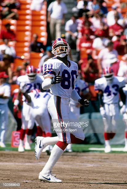 Wide Receiver James Lofton of the Buffalo Bills warming up September 13 1992 before an NFL football game against the San Francisco 49ers at...