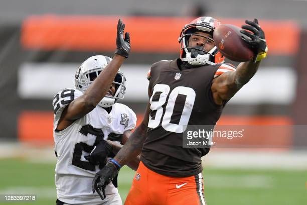 Wide receiver Jarvis Landry of the Cleveland Browns catches a 25-yard reception past free safety Lamarcus Joyner of the Las Vegas Raiders during the...