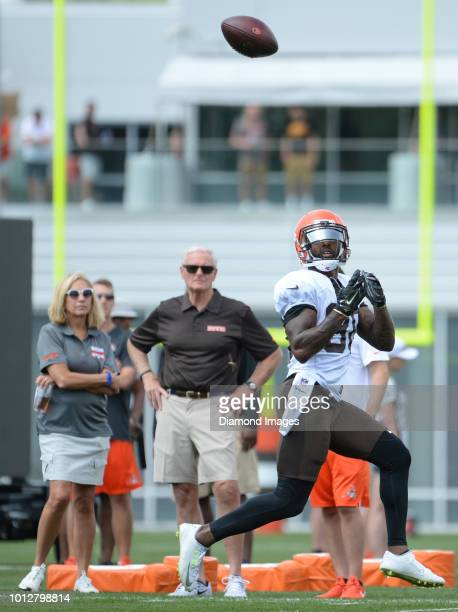 Wide receiver Jarvis Landry of the Cleveland Browns catches a pass during a training camp practice on July 28 2018 at the Cleveland Browns training...