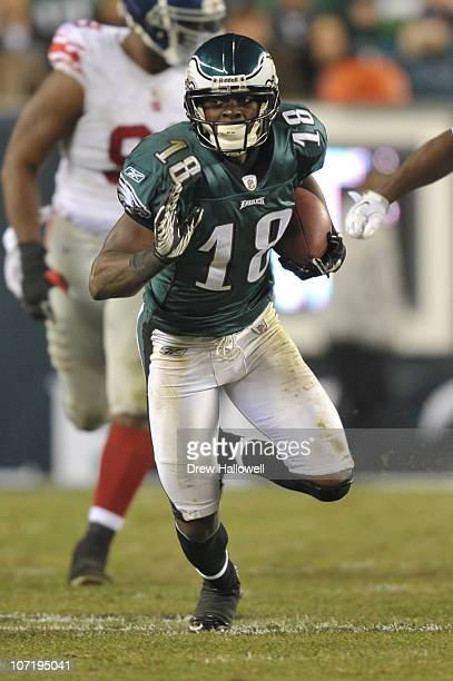 Wide Receiver Jeremy Macklin of the Philadelphia Eagles in action during the game against the New York Giants at Lincoln Financial Field on November...