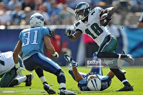 Wide Receiver Jeremy Macklin of the Philadelphia Eagles runs the ball during the game against the Tennessee Titans at LP Field on October 24 2010 in...