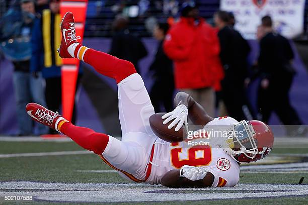 Wide receiver Jeremy Maclin of the Kansas City Chiefs catches a first half touchdown against the Baltimore Ravens at MT Bank Stadium on December 20...