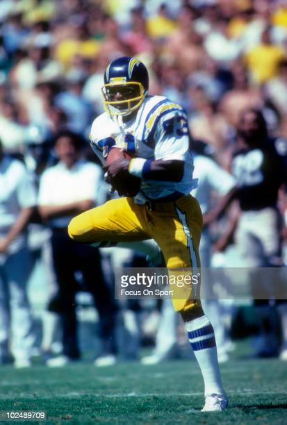 Wide Receiver John Jefferson of the San Diego Chargers in action catches a pass against the Oakland Raiders circa late 1970's during an NFL Football...