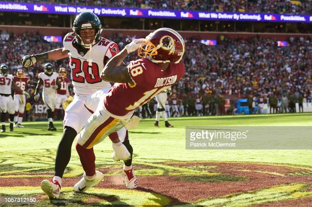 Wide receiver Josh Doctson of the Washington Redskins catches a pass for a touchdown against free safety Isaiah Oliver of the Atlanta Falcons in the...