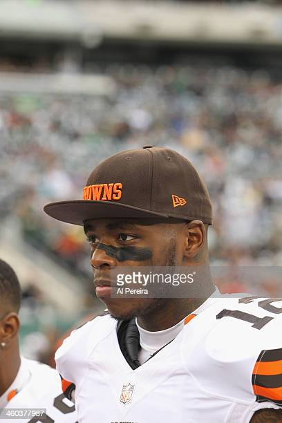 Wide Receiver Josh Gordon of the Cleveland Browns follows the action against the New York Jets at MetLife Stadium on December 22 2013 in East...