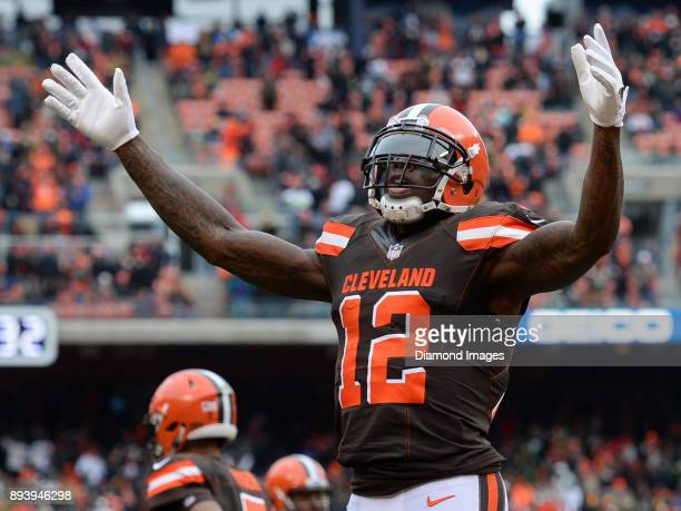 Wide receiver Josh Gordon of the Cleveland Browns gestures toward the crowd after catching a touchdown pass in the first quarter of a game on...