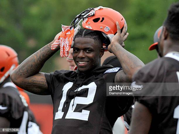 Wide receiver Josh Gordon of the Cleveland Browns takes off his helmet during training camp on August 15 2016 at the Cleveland Browns training...