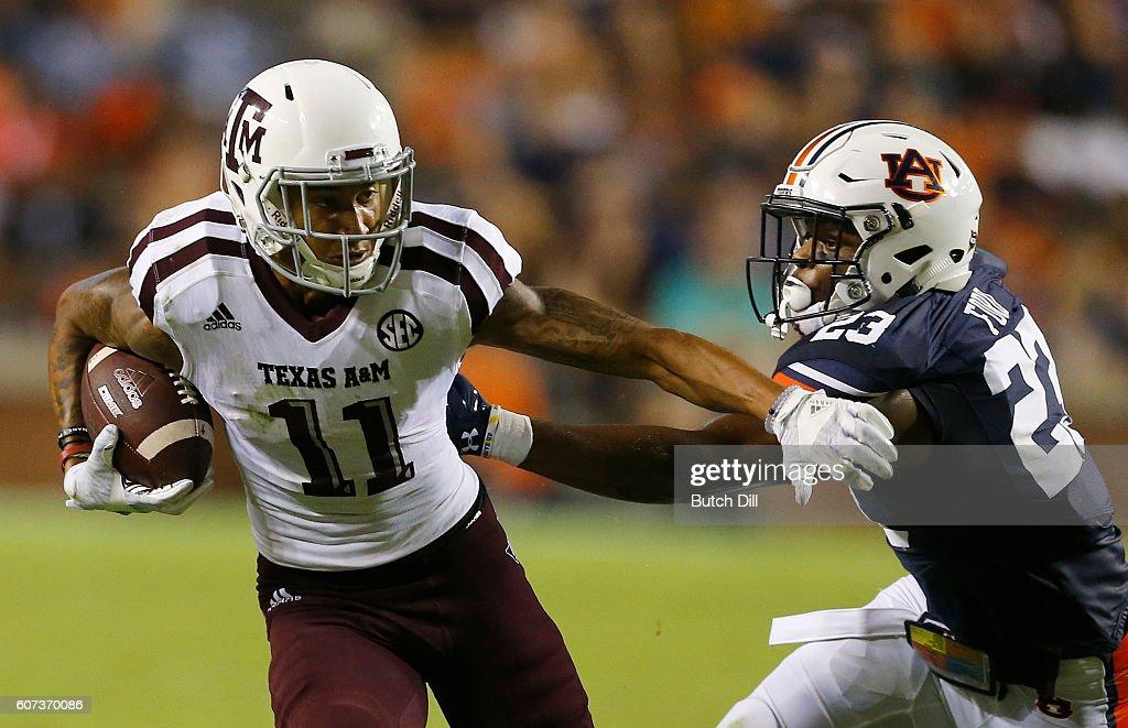 Texas A&M v Auburn : News Photo