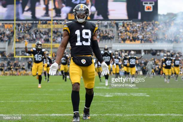 Wide receiver JuJu SmithSchuster of the Pittsburgh Steelers looks toward the crowd prior to a game against the Cleveland Browns on October 28 2018 at...
