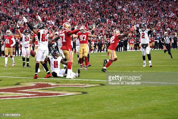 Wide receiver Julio Jones of the Atlanta Falcons and team celebrate the fourth quarter touchdown over the San Francisco 49ers at Levi's Stadium on...
