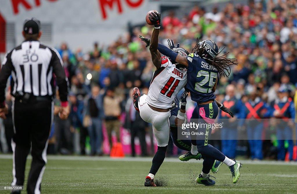 Atlanta Falcons v Seattle Seahawks : News Photo