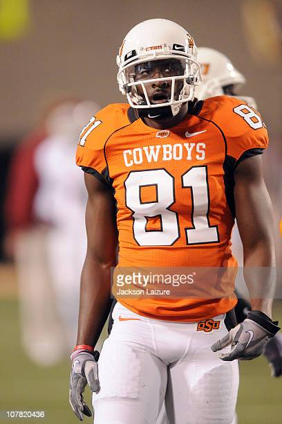 Wide receiver Justin Blackmon of the Oklahoma State Cowboys warms up before a game with the Oklahoma Sooners on November 27 2010 at Boone Pickens...
