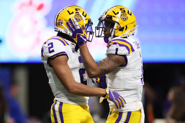 https://media.gettyimages.com/photos/wide-receiver-justin-jefferson-of-the-lsu-tigers-and-jamarr-chase-a-picture-id1196411980?k=6&m=1196411980&s=612x612&w=0&h=3-Dpz4b-OYPNLB2J7ljGQarCbejvZwTKOsoTKGHBF-A=
