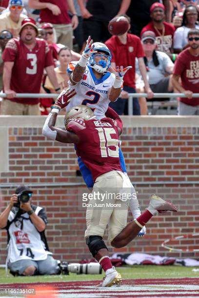 Wide Receiver Khalil Shakir of the Boise State Broncos catches a touchdown pass over Safety Carlos Becker III of the Florida State Seminoles at Doak...