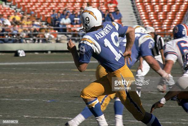 Wide receiver Lance Alworth of the San Diego Chargers runs on the field during a game against the Denver Broncos circa 1960's Lance played for the...