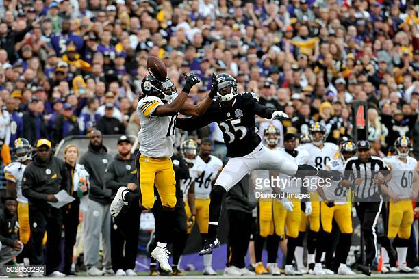 Wide receiver Markus Wheaton of the Pittsburgh Steeelers drops a pass during a game against the Baltimore Ravens on December 27, 2015 at M&T Bank...