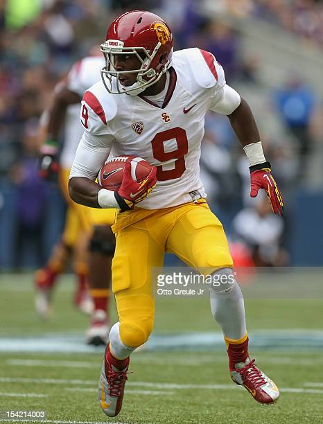 Wide receiver Marqise Lee of the USC Trojans rushes against the Washington Huskies on October 13, 2012 at CenturyLink Field in Seattle, Washington.