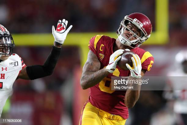 Wide receiver Michael Pittman Jr #6 of the USC Trojans makes a catch from quarterback Matt Fink in the game against the Utah Utes at Los Angeles...