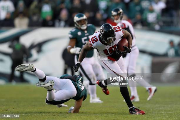 Wide receiver Mohamed Sanu of the Atlanta Falcons runs the ball against the Philadelphia Eagles during the first quarter in the NFC Divisional...