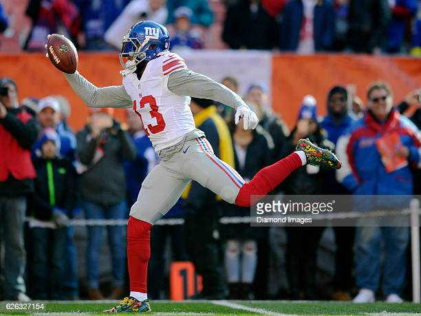 Wide receiver Odell Beckham Jr #13 of the New York Giants catches a pass prior to a game against the Cleveland Browns on November 27 2016 at...