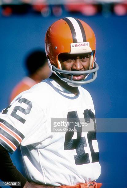 Wide receiver Paul Warfield of the Cleveland Browns standing on the field in this portrait circa 1976 before an NFL football game Warfield played for...